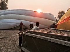 Preparation for taking off (cattan2011) Tags: travelblogger traveltuesday balloons phmonpenh cambodia landscapephotography landscape travel hotairballoons