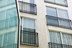 Ventanas (king.cobra227) Tags: kitlens ventanas windows blue repetition a6000