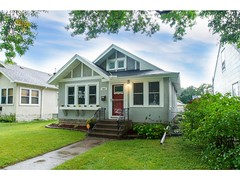 You're Going To Want To See The Nice 4 Bedroom Home At 4043 Russell Avenue N In Minneapolis, Mn. (nicojmont80) Tags: minneapolisrealestate nick nickmontgomery 0200k residentiallisting