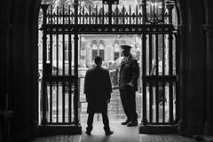 Londres. 2016. (Jose_Prez) Tags: londres london byn street streetphoto urban city police policia