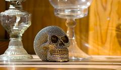 CALAVERA - SKULL (jpi-linfatiko) Tags: 85mmf18g nikon d5200 calavera skull calaca brightness brillo adornos ornaments