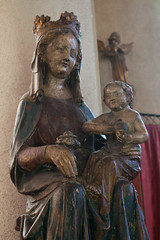 Our Lady with Roses (Lawrence OP) Tags: ampleforth abbey church benedictine monks medieval statue blessedvirginmary posy rose ourlady jesuschrist