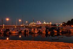 Hafen von Palma de Mallorca (roland_lehnhardt) Tags: d80 kreuzfahrt nikon palma de mallorca meer schiff langzeitbelichtung sonnenuntergang blaue stunde sunset spanien spain nachtaufnahme mittelmeer