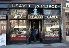Leavitt & Peirce tobacconist, Cambridge (Blake Gumprecht) Tags: cambridge shop store smoke tobacco tobacconist leavittpierce