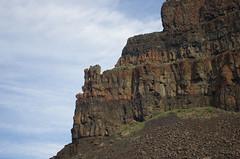 south end Umatilla Rock_1509 (mycotrope) Tags: grandcoulee basalt grantcounty umatillarock