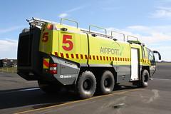 EWC 686 (ambodavenz) Tags: rosenbauer panther crash fire rescue arff tender christchurch international airport service canterbury new zealand