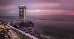 Kermorvan - ( Explore 02/10/16) (f.ray35) Tags: phare sunset long exposure landscape bretagne finistère france lighthouse seacape sea sky clouds filter nd1000 polarisant roch