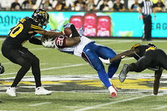 Hamilton Tiger-Cats vs Montreal Alouettes - Tim Hortons Field (Haddadios) Tags: cfl canadian football league lcf hamilton tigercats vs montreal alouettes tim hortons field ontario canada nikon d800 afs nikkor 70200mm f28g ed vrii sports photography photos high speed action photo