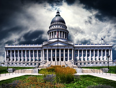At The Top Of The Hill - Utah Capitole - Salt Lake City (D. Pacheu) Tags: capitole salt lake city pacheu cloudy clouds building usa dome coupole