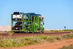 2016-08-09  17_27_40  Australia (Edi Bhler) Tags: 2016australien australia australien auto fahrzeuge ferien nutzfahrzeug pflanze roadtrain steppe strassenschild outback plant utilityvehicle vehicle nikond5 200400mmf4