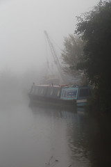 Grand Union Canal_16-10-01_2819 (Joel Bybee) Tags: canal boat fog