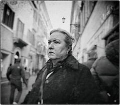 Point & Shoot (Steve Lundqvist) Tags: portrait old woman donna fat street photography streetphotography black white bw people poor monochrome cold winter rome roma italy italia nikon nikkor vintage 24mm candid