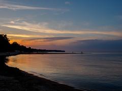 EM550047.jpg (mtfbwy) Tags: lakke sunset greatlakes erie bayvillage ohio unitedstates us landscape