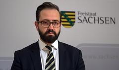 Fall Albakr: Sachsens Justizminister räumt Reformbedarf ein (trevormccallin) Tags: suizid selbstmord dresden sachsen deutschland