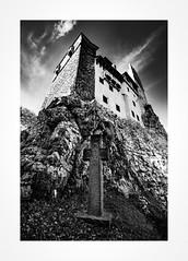 Bran Castle (Joel Leclercq) Tags: eos roumanie transylvanie voyages dracula romania bran castle legend blackandwhite strigoi nosferatu vampyr vampire vladtepes transylvania carpathes