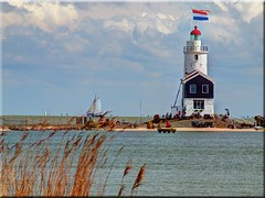 The lighthouse of Marken / Holland - Paard van Marken (Ostseetroll) Tags: lighthouse holland nederland olympus netherland van marken leuchtturm niederlande paard e620