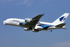 Airbus A380 - Malaysia Airlines (Curufinwe - David B.) Tags: uk england sky london plane airplane airport aircraft aviation air flight landing airline malaysia airbus a380 vol airways airlines takeoff avion lhr malaysiaairlines airbusa380 londonheathrow avgeek a380800 airbusa380800