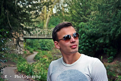 Jakub in Saltwell Park (konradklecha) Tags: park canon is model friend iso400 shades 1855mm saltwell 400d kphotography