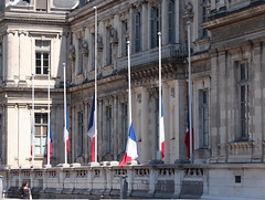 14 juillet 2016 (B Plessi) Tags: france grenoble place flag 14 juillet drapeau ble bandiera verdun 2016 isre dauphin dauphin