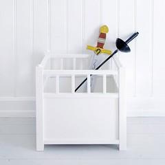 coffre_jouet_empilable_chambre_enfants_bois_massif_oliver_furniture (bjrka design) Tags: coffre jouets table chevet enfants chambre rangement
