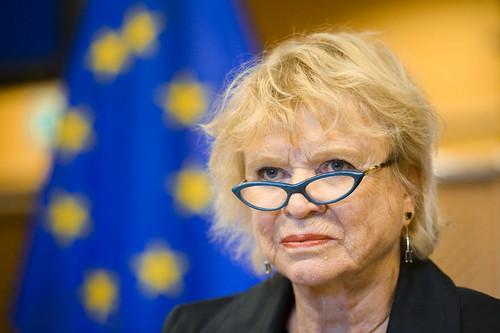EP-040135A_CETA_TTIP