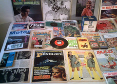 1966 : (Retro King) Tags: 1966 retro records elvis vinyl beatles albums tv21 magazines comics vintage books collectables swinging sixties
