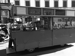 """""""Coke&Chips"""" (giannipaoloziliani) Tags: barmobile giannipaoloziliani downtown streetphotography citylive urbanstreet urban streetlife metropolis coconut mailand milan milano italy centre city roulotte cocacola coffee icecreams orangesouce drinks chips coke monochrome hotshadow hotblack blackandwhite"""