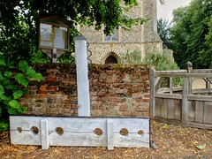 Stocks: Fools not Gladly Suffered at Ufford. (velodenz) Tags: velodenz fujifilm x30 digital image phot photo photograph photography cycling cycletouring cyclisme cyclotourisme ctc cyclinguk holiday vacation en vacances trip birthday rides suffolk east anglia england united kingdom uk great britain gb ufford village church stocks pillory