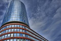 Hamburg Hafencity 2 Farbe (rainerneumann831) Tags: hamburg hafencity architektur abstrakt linien hochhaus