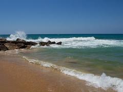 Praia da Oura, Albufeira, Portugal (alyssa.becker) Tags: albufeira europe portugal beach praia praiadaoura algarve waves atlantic shoreline