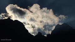 Concarena di nuvole (sandra_simonetti88) Tags: concarena mountain mountains nuvole nuvola cloud clouds sky cielo tramonto sunset controluce montagna montagne valcamonica vallecamonica brescia lombardia lombardy italia italy