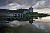 Eilean Donan Castle I (alcahazada) Tags: escocia highlands scotland agua cielo nubes castilo paisaje lagos mareas rias fiordo water clouds sky landscape rivers lakes sea castle eileandonancastle tides estuaries fjord lochduich loch ruby5 ruby15 ruby20 thebestofday gününeniyisi