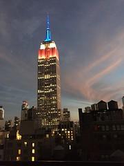 IMG_0478 (gundust) Tags: nyc ny usa september 2016 newyork newyorkcity manhattan architecture esb empirestatebuilding skyscraper september11th 911 tributeinlight xeon twintowers memorial remembrance night