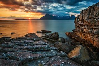 When the rocks glow