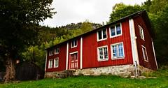 Skore Bygland Setesdal 170916 (2) (Geir Daasvatn) Tags: oncewashome skore bygland oldfarm setesdal abandoned
