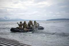 161004-N-JH293-034 (CTF 76) Tags: ussgb greenbay ussgreenbay lpd20 japan sasebo underway bhr esg cpr11 ctf76 patrol deployed us7thfleet pacific ocean water navy marines usmc 31meu vmm262 nbu7 lcac lcu na philippines jpn