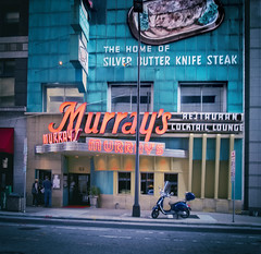 Murray's (Pete Zarria) Tags: minnesota eat steak drink cocktail neon sign
