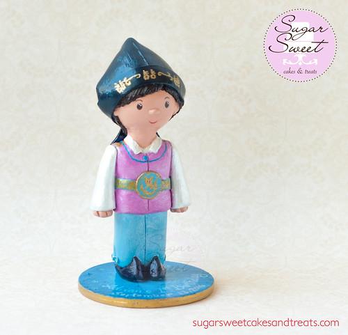 Doljanchi Cake Topper Figurine, Hanbok
