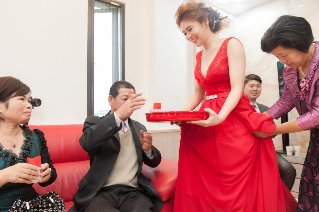 花蓮婚禮紀錄::宥彤&欣誼 文訂紀錄 花蓮闔家歡餐廳