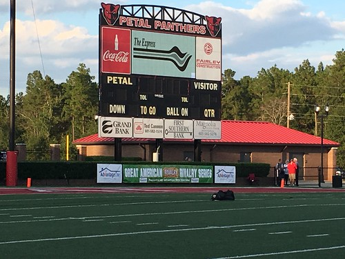 "Petal vs Oak Grove Sept 30 2016 • <a style=""font-size:0.8em;"" href=""http://www.flickr.com/photos/134567481@N04/30011840516/"" target=""_blank"">View on Flickr</a>"