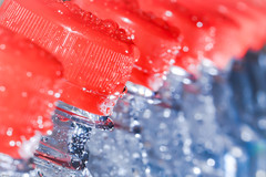 ... Red Riding Hood ... HMM (wolli s) Tags: flaschen hmm mm macromondays bottles fresh frisch inarow macro makro red rot riding hood rotkäppchen crop