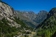Valle Orco (andbog) Tags: sony alpha ilce a6000 sonya6000 emount mirrorless csc sonya landscape paesaggio sony sonyalpha italy italia piedmont piemonte to canavese mountain montagna it sony6000 sonyilce6000 sonyalpha6000 6000 ilce6000 ceresolereale peak vetta alpi alps alpigraie ridge cresta natura nature parconazionaledelgranparadiso ridgeline oss sel 1650mm selp1650 panorama apsc valley valle valleorco