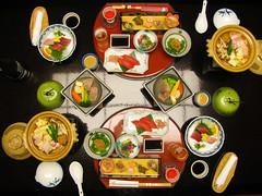 1660 Maguro Plan (mari-ten) Tags: food beer japan hotel sashimi beverage  onsen japanesefood kansai ricewine wakayama 2010 nabe kaiseki    eastasia     nigirisushi umeshu      yakizakana   nachikatsuura  plumsake sashimiplatter 201003 20100306 onsenstay katsuurahotsprings  hotelnakanoshima
