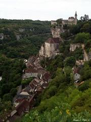 Rocamadour (Noemie.C Photo) Tags: rocamadour lot france rocher rock village arbres trees medieval city ville ciel sky rue street