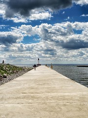 Oakville Habour (Peter Schler) Tags: hafen harbour wolken clouds canada ontario oakville