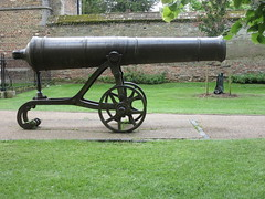 Russian Cannon, Palace Green, Ely, Cambridgeshire (LookaroundAnne) Tags: gwuk cannon ely cambs cambridgeshire