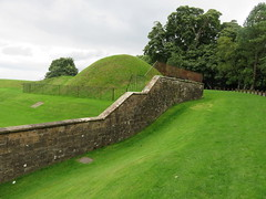 UK - Scotland - Lanarkshire - Near Hamilton - Chatelherault Country Park - Chatelherault lodge - Ha Ha Wall ? (JulesFoto) Tags: uk scotland chatelheraultcountrypark lanarkshire hamilton chatelheraultlodge