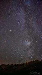 Va sobre Langliru (A. del Campo) Tags: nikon naturaleza nature nikkor naturallight noche nightscape night sky cielo paisaje asturias angliru oviedo nikond7000 valctea longexposure largaexposicin milky way milkyway summer verano montaa montaas color colors estrellas stars