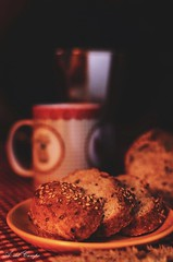 Breakfast (A. del Campo) Tags: nikon nikond7000 nikkor breakfast desayuno pan bread caf coffee bokeh bodegn stilllife color 35mm luz sombras shadows light