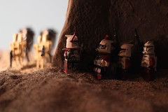 """Get ready, they're almost here."" (kevinmboots77) Tags: lego legography starwars clonetroopers battledroids sandbox"